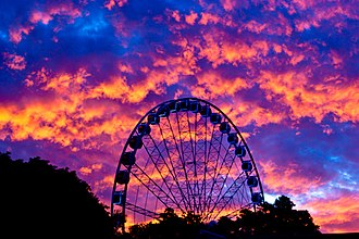 South Bank Parklands - Wheel of Brisbane at dusk