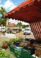Wochenmarkt am Klosterplatz - panoramio (1).jpg