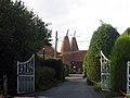 Woodfalls Oast, Woodfalls Farm, Laddingford, Kent - geograph.org.uk - 577324.jpg