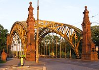 Most Zwierzyniecki, widok od strony centrum w kierunku ZOO