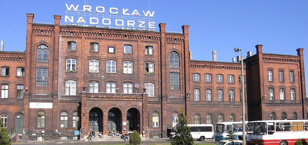 L'ancienne gare de Wroclaw Nadodrze dans le quartier arty / bohême de Wroclaw.