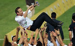 Yahya Golmohammadi - Golmohammadi celebrating Hazfi Cup title in 2015