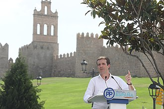 Pablo Casado - Casado in front of the Walls of Ávila in September 2018 during a ceremony for the opening of the political year, in which he inveighed against the Historical Memory Law.