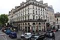 Перекресток улицы и бульвара Сен-Дени (boulevard Saint-Denis) - panoramio.jpg