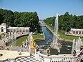 Петергоф, вид с террасы перед Большим дворцом на Морской канал и фонтан Самсон. 9.06.2011.jpg