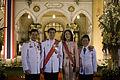 นายกรัฐมนตรีและภริยา ในนามรัฐบาลเป็นเจ้าภาพงานสโมสรสัน - Flickr - Abhisit Vejjajiva (2).jpg