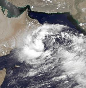 1996 Oman cyclone - Image: 02A Jun 10 1996 0953Z