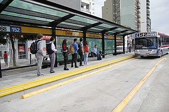 Metrobus (Buenos Aires) - Bus at Deheza station.