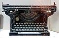 171 Museu d'Història de Catalunya, màquina d'escriure.JPG