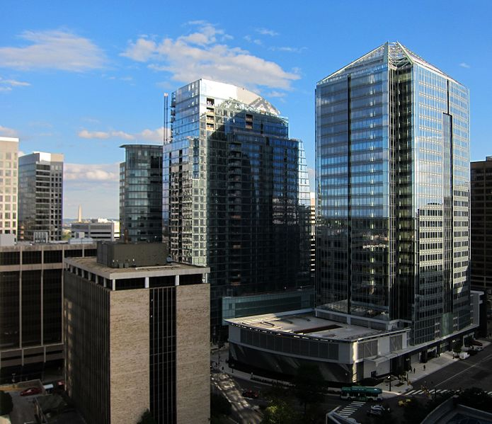 File:1812 North Moore and Rosslyn skyline.jpg