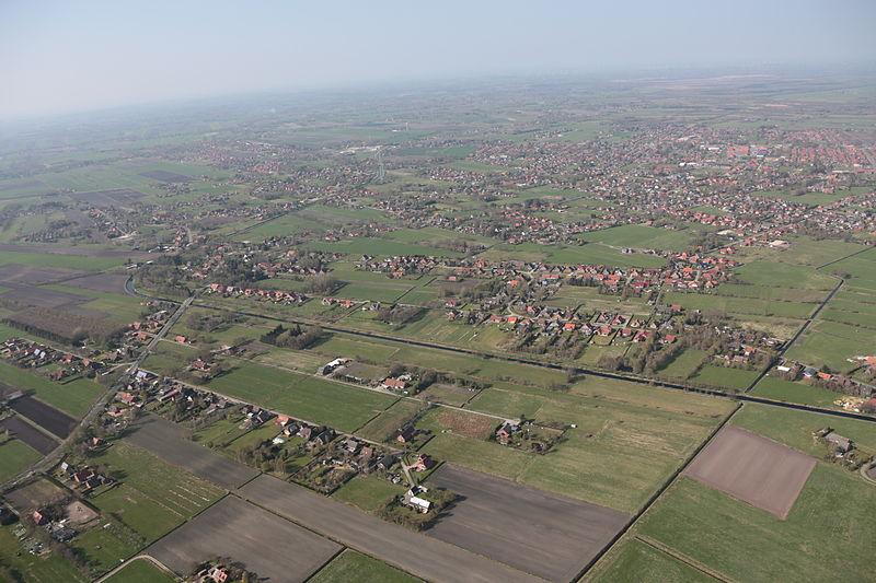 File:2013-05-03 Fotoflug Nordholz Papenburg HP 2792.JPG