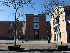 20150312 Maastricht; Front of Bonnefantenmuseum seen from the east 07.jpg