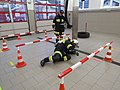 2018-01-13 (117) Self-contained breathing apparatus wearers in the performance test (Finnentest) in the fire station of the volunteer fire department in Weissenburg in Frankenfels.jpg