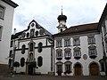 2877 - Hall in Tirol - Jesuitenkirche (links) und ehemalige Ansitz Sparbaregg (rechts).JPG