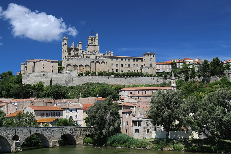 File:34500 Béziers, France - panoramio (4).jpg