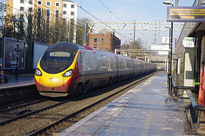 390050 at Watford Junction.jpg