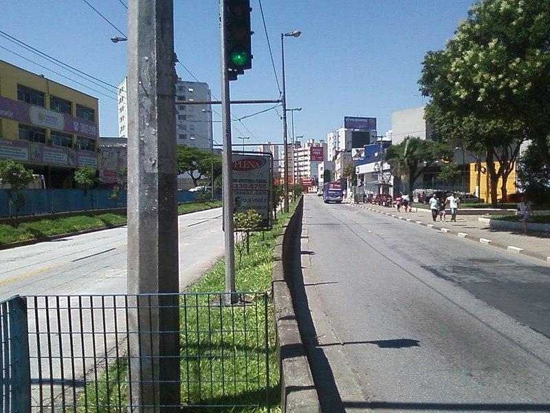 File:AV BRIGADEIRO FARIA LIMA,CENTRO DE SÃO BERNARDO DO CAMPO -SP - panoramio.jpg