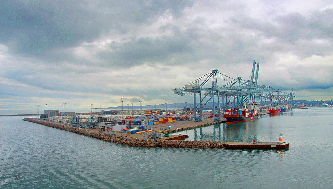 Aarhus Container port.jpg