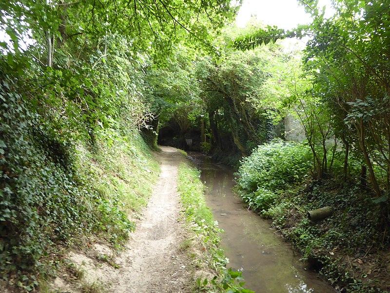 File:Ablain-Saint-Nazaire rivière Le St Nazaire (2).jpg