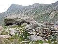 Abri sous roche vallon de Valmasque.jpg