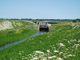 Adlingfleet - The outlet sluice into the River Trent