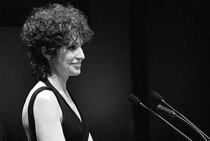 Español: Adriana Ozores presentando el Premio ...