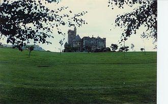 Airthrey Castle - Image: Airthrey Castle geograph.org.uk 3206