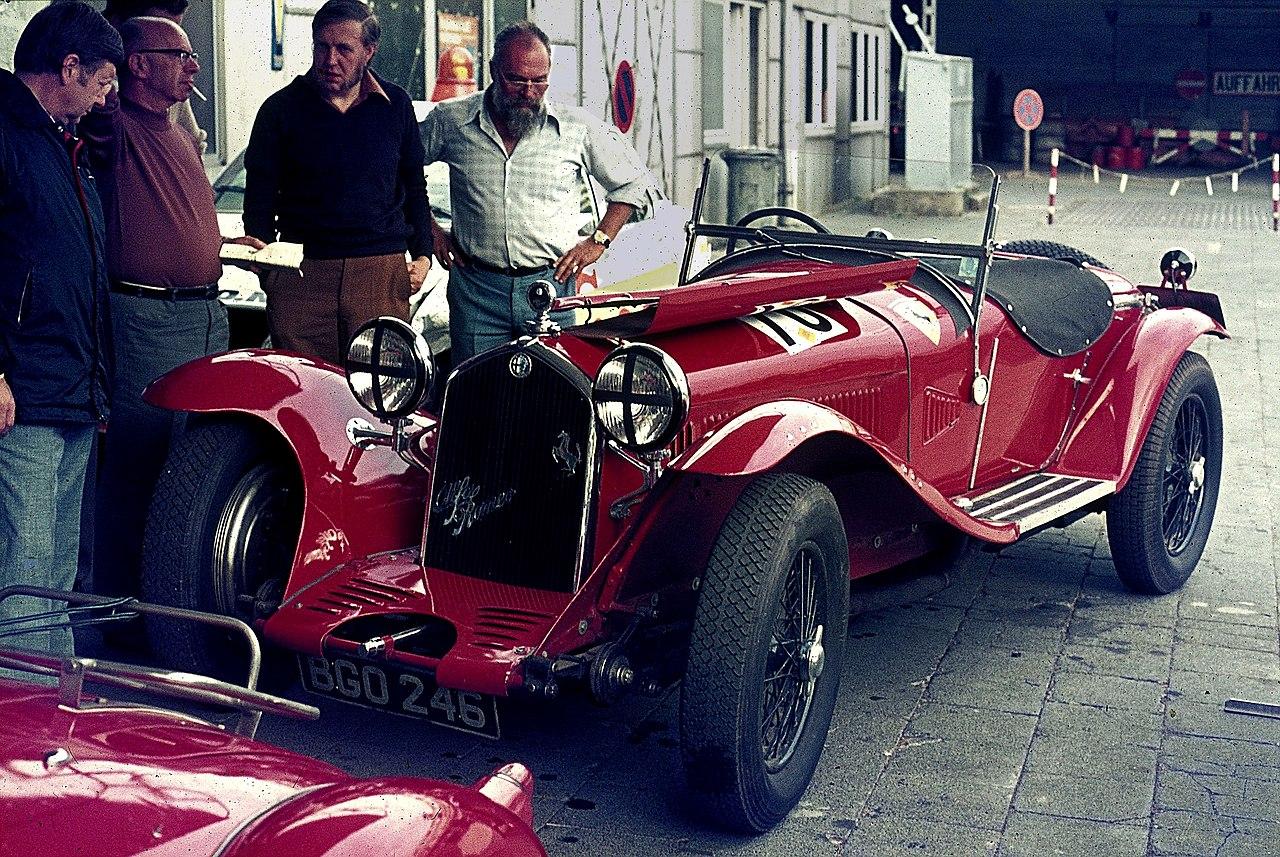 Alfa Romeo 8C >> Datei:Alfa Romeo 8C 2300, Bj. 1932 (1975).jpg – Wikipedia