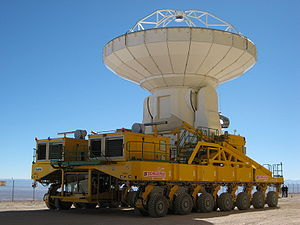Heavy hauler - ALMA antenna in transit on a self-propelled modular transporter