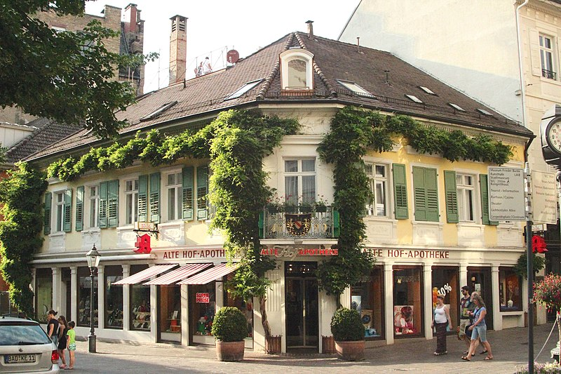 File:Alte Hofapotheke (fcm).jpg