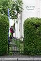 Alys Bellenden Gardens (13337823363).jpg