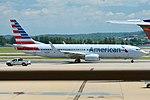 American Airlines B737 @ DCA.jpg