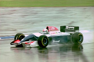 Andrea de Cesaris - De Cesaris at the 1993 British Grand Prix