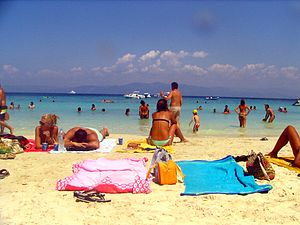 European labour law - Image: Antipaxos vrika beach bgiu