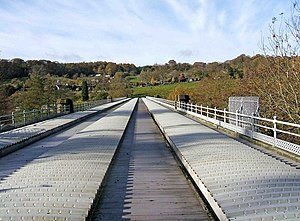 Elan aqueduct - View over the aqueduct as it crosses the River Severn