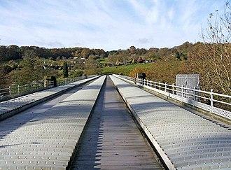 Elan aqueduct - View over the aqueduct as it crosses the River Severn