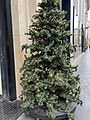 Arbre de Noël rue La Boétie.jpg