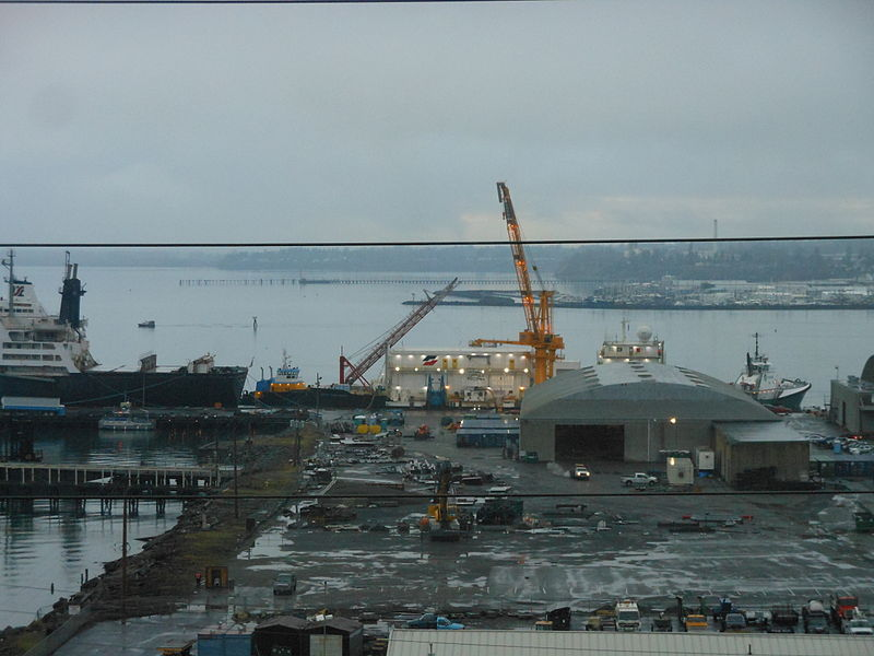 File:Arctic Challenger being prepared for departure from the Port of Bellingham for a second round of testing..JPG