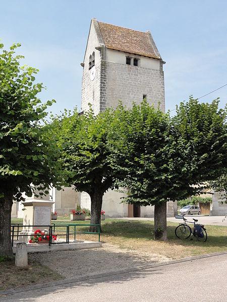 Aulnois sous Vertuzey (Meuse) Église Saint-Sébastien sur sa place