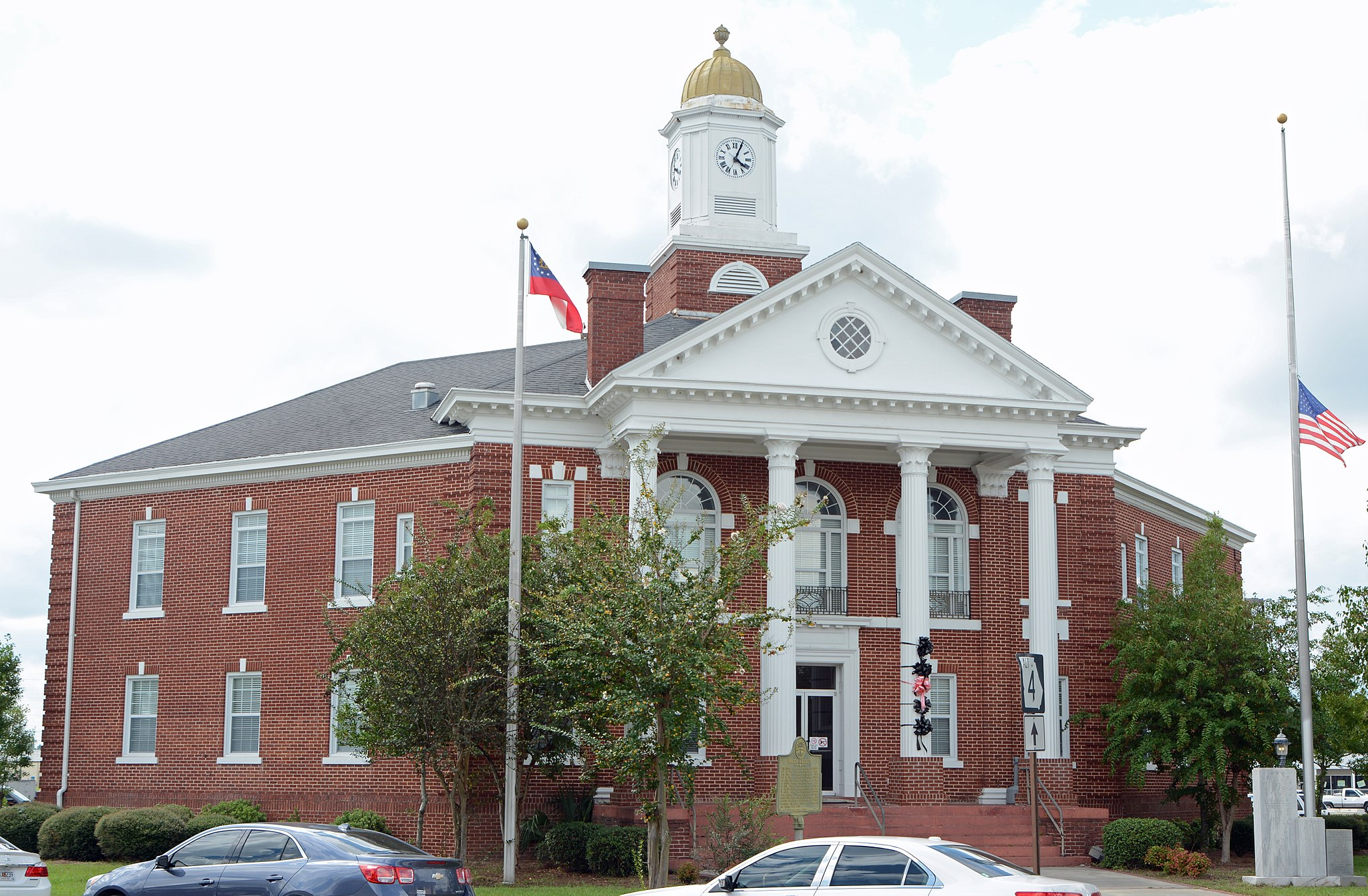 Bacon County Courthouse, Alma, GA, US