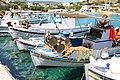 Barche nel porto di Agios Georgios, isola di Iraklia - panoramio.jpg