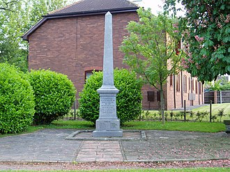 Barton-le-Clay - The high street war memorial.