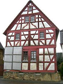 Inglesina vetro wikipedia for Casa tradizionale tedesca