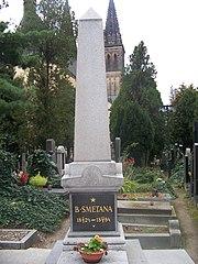 スメタナの墓
