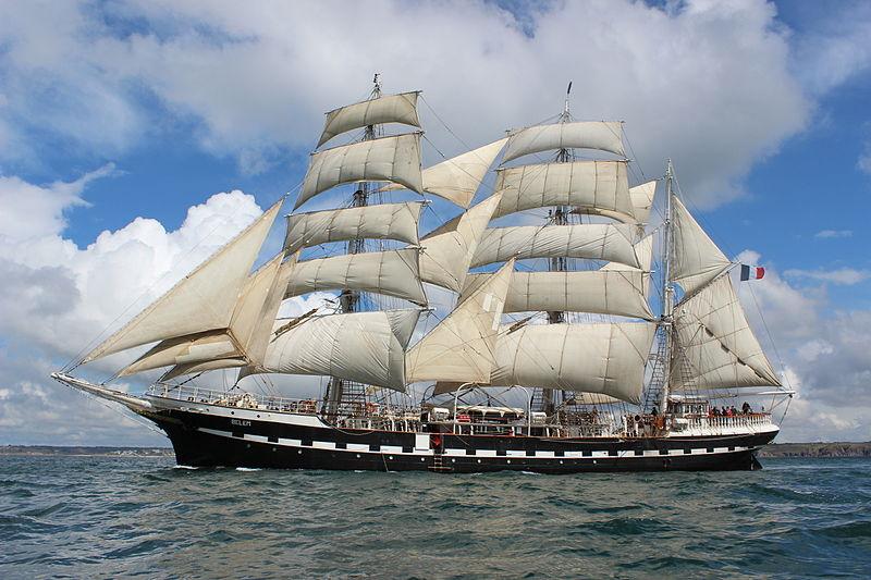 File:Belem au large de Brest 28 04 2012.jpg
