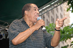 Ben E King Performing on the Final Day of the 2006 Summerfest.jpg