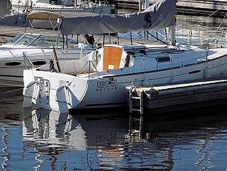 Beneteau First 25S - Beneteau First 25S showing the dual rudder arrangement
