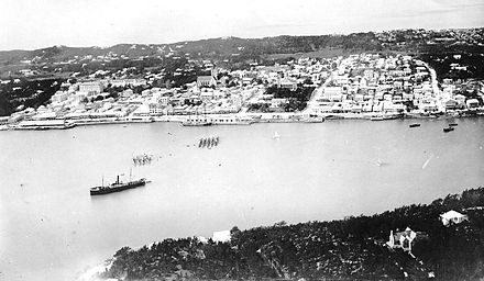 Hamilton Harbour in the mid-1920s Bermuda harbour 1926.jpg