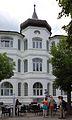 Binz Strandpromenade 33 Haus Lissek 01.jpg