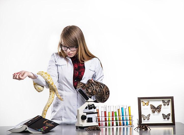 Biologist Victoria Achkasova 20150529.jpg